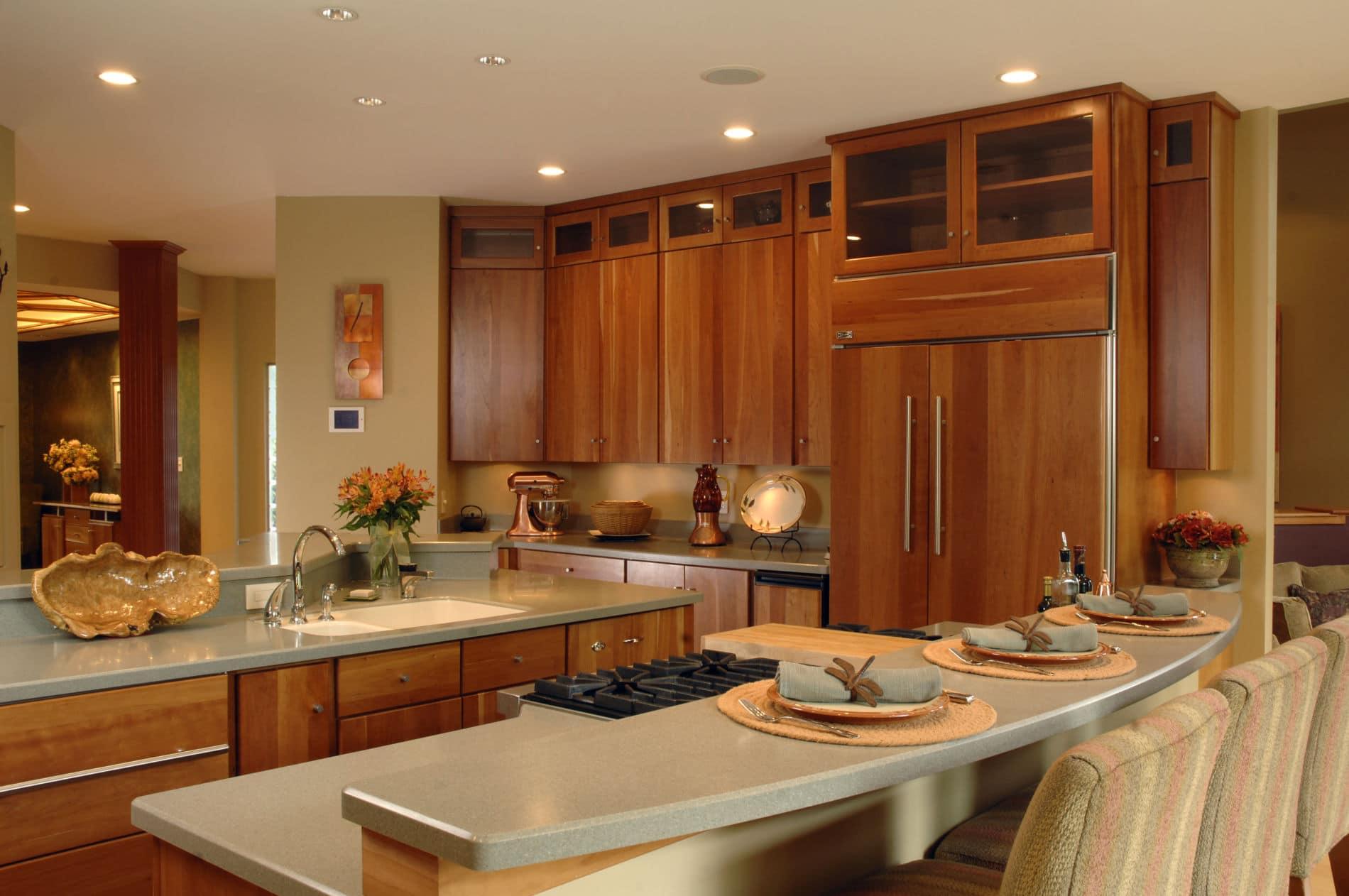 מטבח מעץ מלאה עם שילוב של גרניט דגם פורטונה
