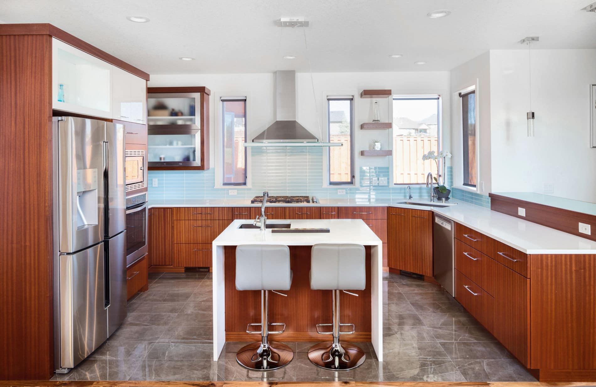 מטבח מודרני דגם קליפורניה - מטבח בעיצוב קלאסי