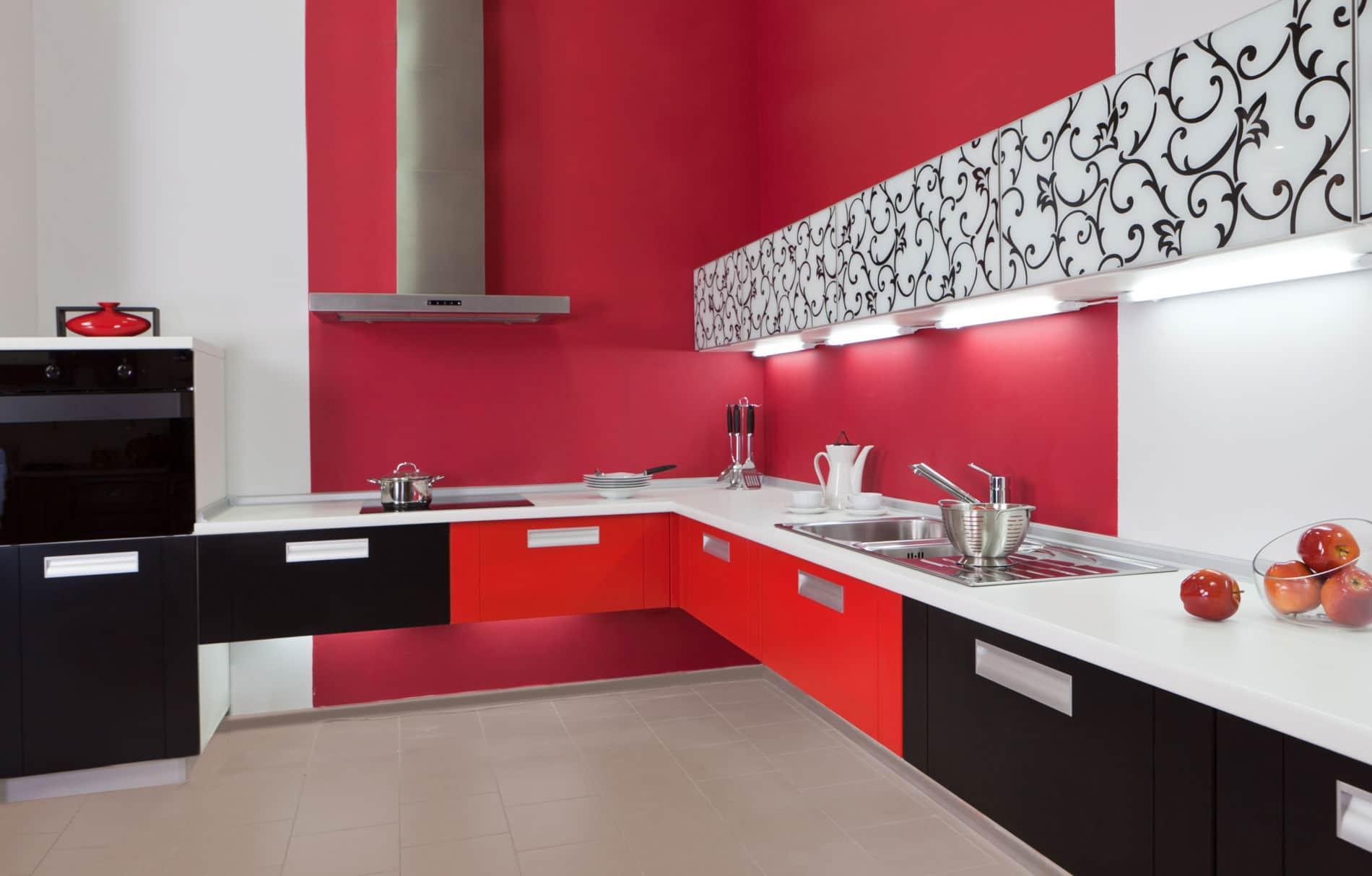 מטבח בצבע אדום מודרני משוכלל דגם רד ויין
