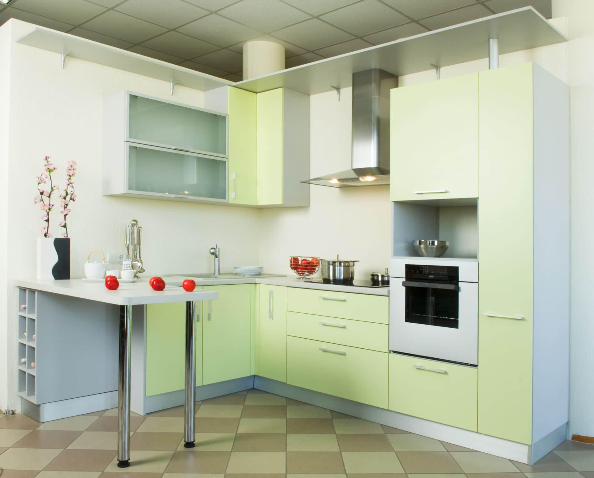 גרין קיטשן מטבח קלאסי בצבע ירוק