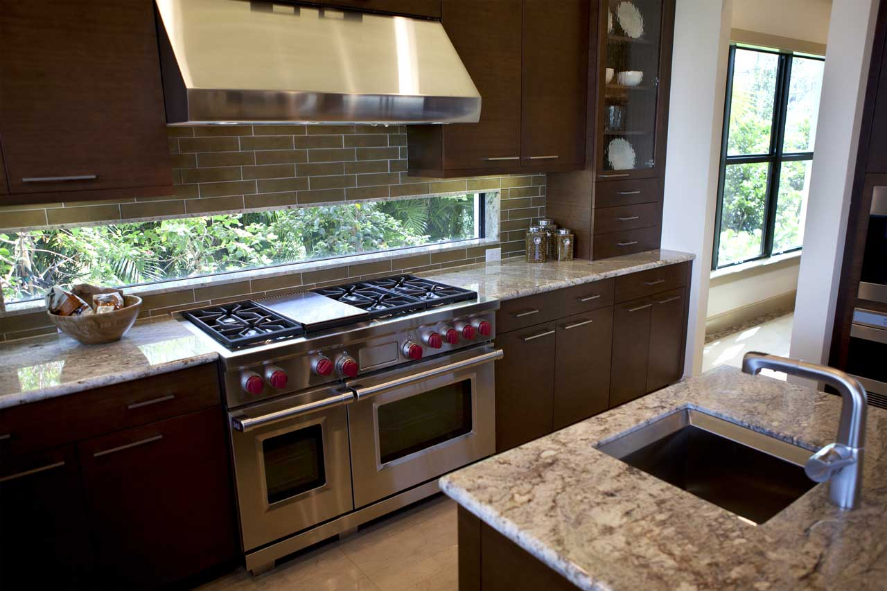 עיצוב מטבחים בהתאמהחברות לעיצוב וייצור מטבחים יוקרתיים מהירים עם מלא ידע בתחום שיודעים לספק פתרונות להתאמת תנורים גדולים לכל מטבח תוך כדי הפעלת המקרר והתנור ללקוח במטבח שלו