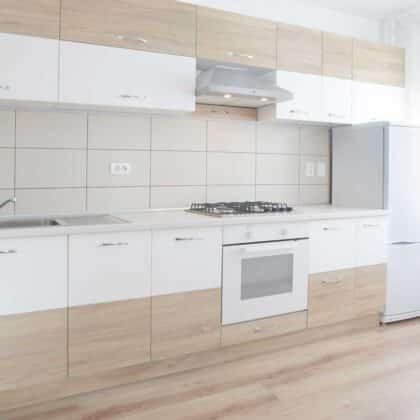 מטבחים מעץ מכירת אביזרים למטבחים בעלי ניסיון בתחום עם הרבה ניסיון שיודעים להתאים לכל לקוח מטבחים מתאימים תוך כדי הפעלת המקרר והתנור ללקוח במטבח שלו