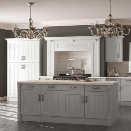 מטבחים מעץ מעצבי המטבחים מנוסים עם רצון לתת שירות טוב ומקצועי שיודעים לספק פתרונות להתאמת תנורים גדולים לכל מטבח תוך כדי חיבור הכיריים החשמליים ובדיקת תקינותם