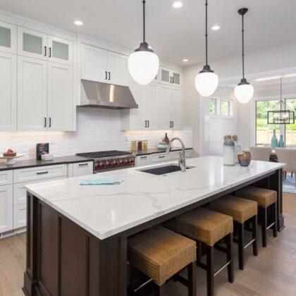 מטבחים מעץ חברות שמוכרות כיורים יוקרתיים למטבחים מהירים עם רצון לתת שירות טוב ומקצועי שיודעים לספק כל סוגי המטבחים לכל דורש תוך כדי הפעלת המקרר והתנור ללקוח במטבח שלו
