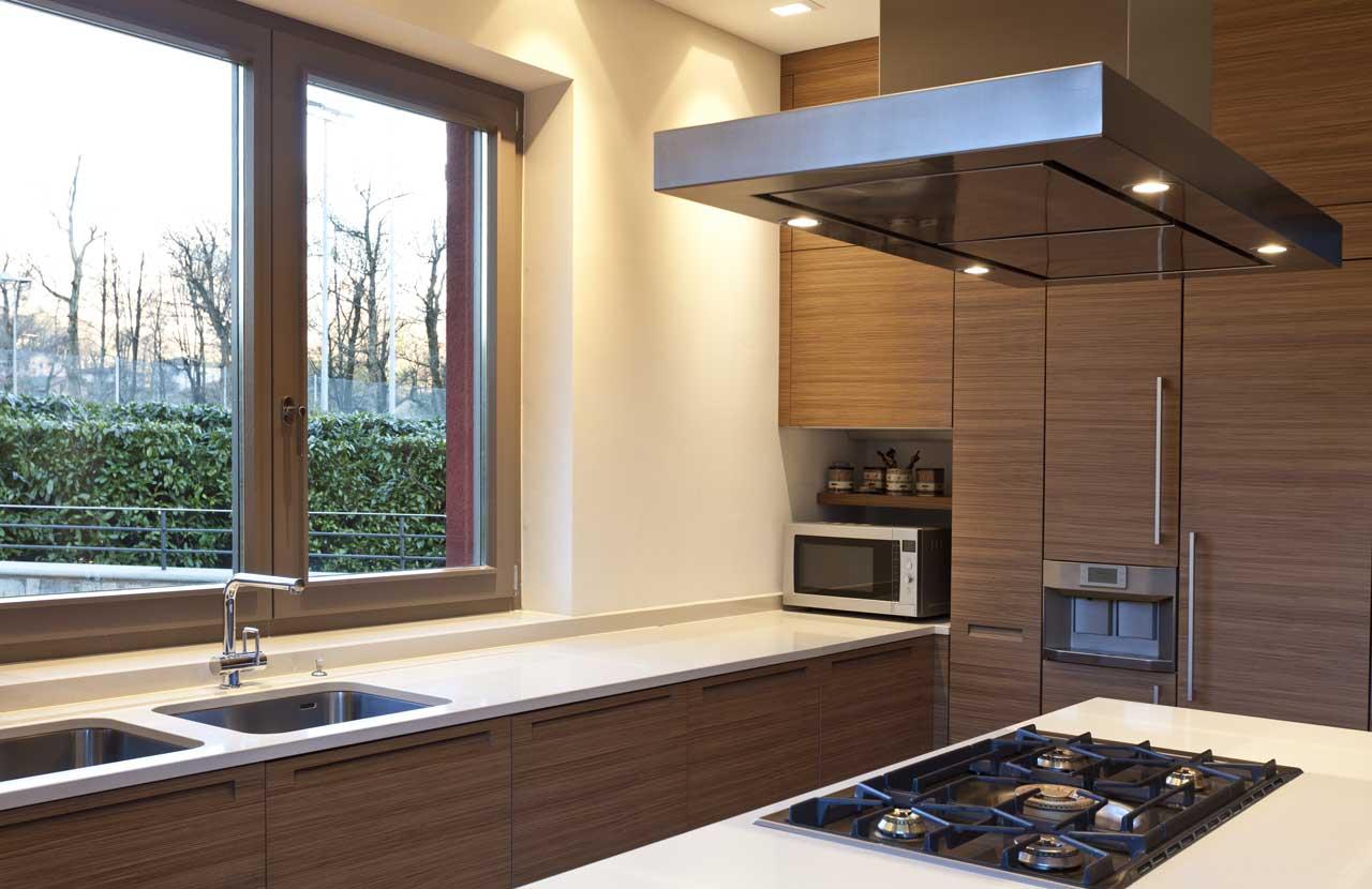 מטבחים מעץ ספקי ציוד מגוון למטבחים בעלי שנות ניסיון עם רצון לתת שירות טוב ומקצועי שיודעים להתאים לכל לקוח מטבחים מתאימים תוך כדי התקנת חיבור גז תיקני במטבח