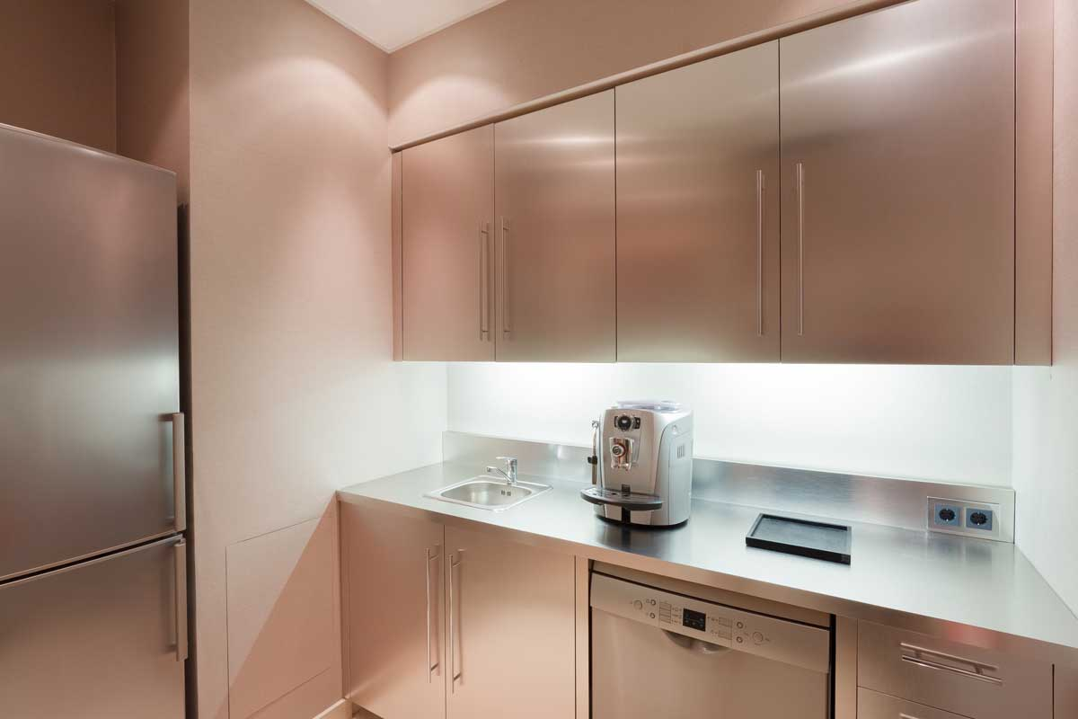 מטבחים מעץ חברות לעיצוב וייצור מטבחים מודרניים בעלי ניסיון בתחום עם ניסיון רב בשנים שיודעים לתת שירות אדיב ומקצועי, שמומחים לשירותי ייצור ועיצוב מטבחים תוך כדי התקנת חיבור גז תיקני במטבח
