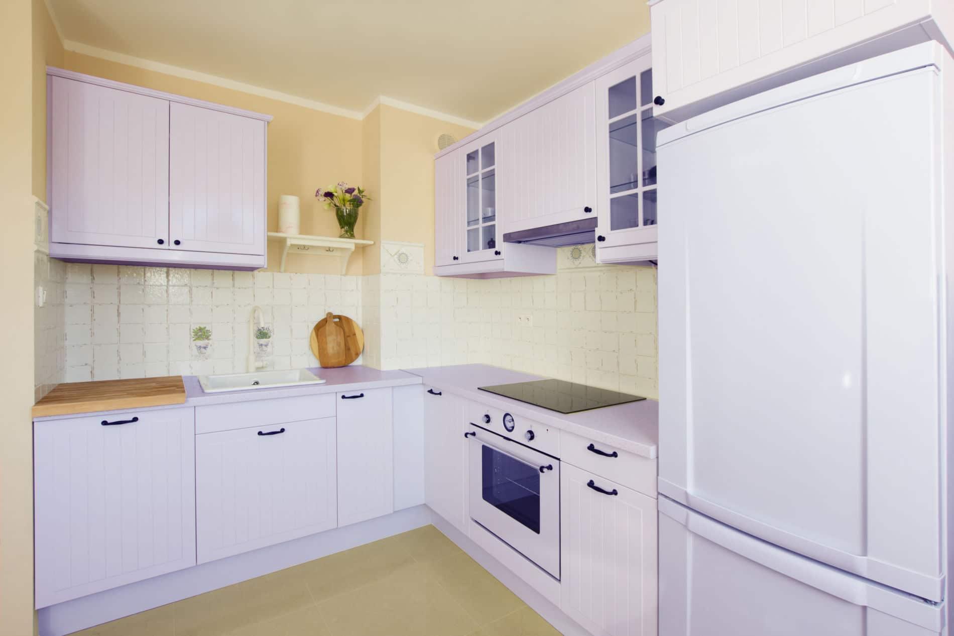 מטבחים מעץ ספקי ציוד מגוון למטבחים בעלי ניסיון בתחום עם רישיון והסמכה שיודעים לבנות ולהתאים מטבחים תוך כדי חיבור הכיריים החשמליים ובדיקת תקינותם
