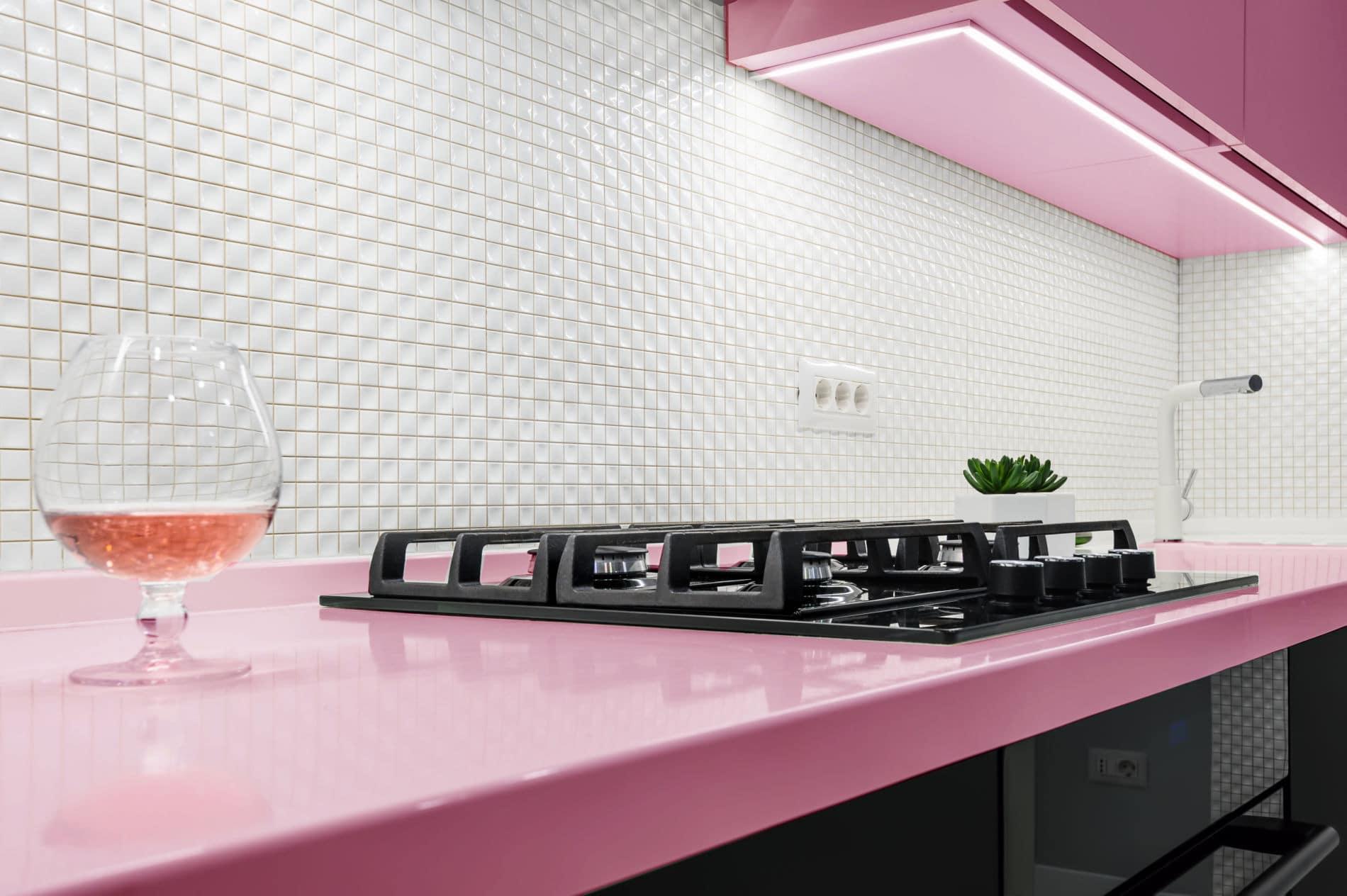 מטבחים מעץ חברות לעיצוב מטבחים בעלי ניסיון בתחום מהחברות המובילות המשק בתחום ייצור והרכבת מטבחים שיודעים לתת שירות אדיב ומקצועי, שמומחים לשירותי ייצור ועיצוב מטבחים תוך כדי תחזוקת מטבחים