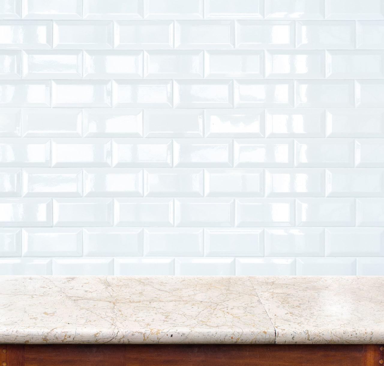 מטבחים מעץ ספקי ציוד מגוון למטבחים ממש מקצועיים עם רישיון והסמכה ומומחים להקמת אי במטבח מכל חומר תוך כדי הפעלת המקרר והתנור ללקוח במטבח שלו