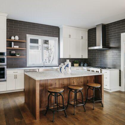 מטבח מודרני עץ ואבן שחורה דגם 29 DS