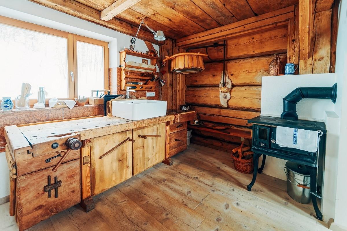 מטבח כפרי מעץ מלא דגם 44 sequoia