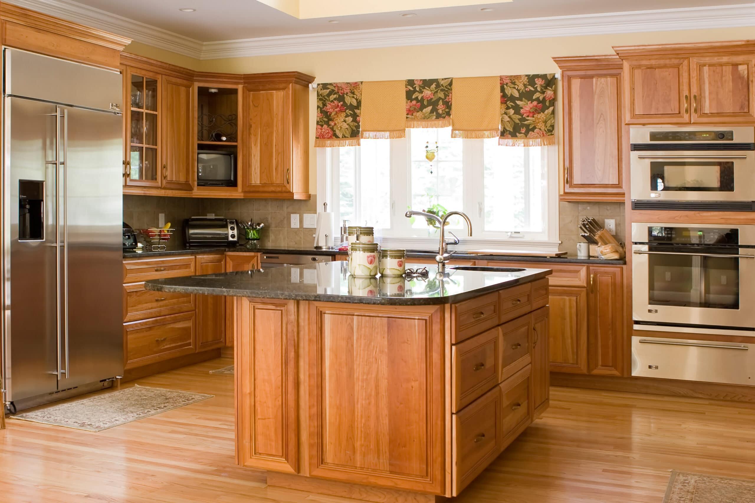 מטבח קלאסי עבודת יד מעץ דגם 2 Diana