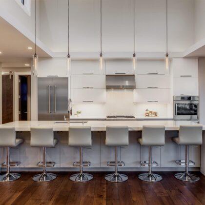 מטבחים מעץ ספקי מטבחים מודרניים מיומנים עם הרבה וותק שיודעים לתת שירות אדיב ומקצועי, שמומחים לשירותי ייצור ועיצוב מטבחים תוך כדי חיבור הכיריים החשמליים ובדיקת תקינותם