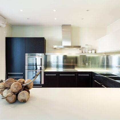 מטבחים מעץ חברות מטבחים המוכרות מטבחים לפי הזמנה זריזים עם הרבה וותק שיודעים לתקן בעיות בשטח באופן מהיר תוך כדי שימוש בחומרים מעולים