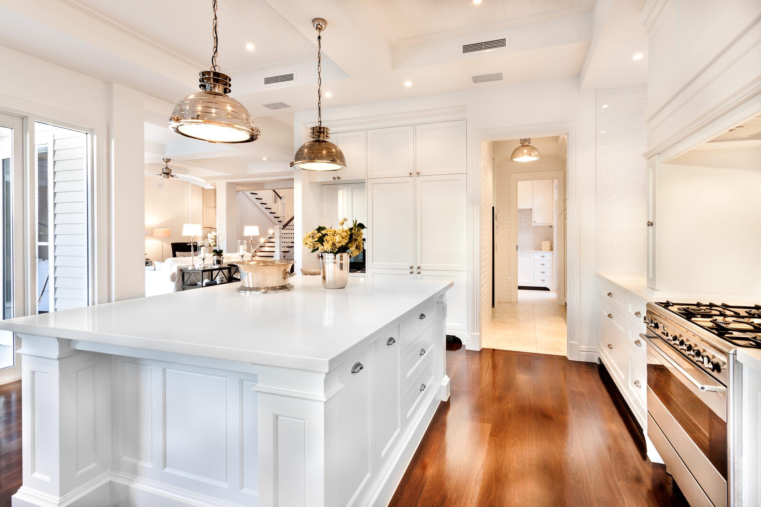 עיצוב מטבחים בהתאמהמבצעי התקנת המטבחים בעלי ניסיון רב עם מלא ידע בתחום שיודעים לבנות ולהתאים מטבחים תוך כדי הפעלת המקרר והתנור ללקוח במטבח שלו