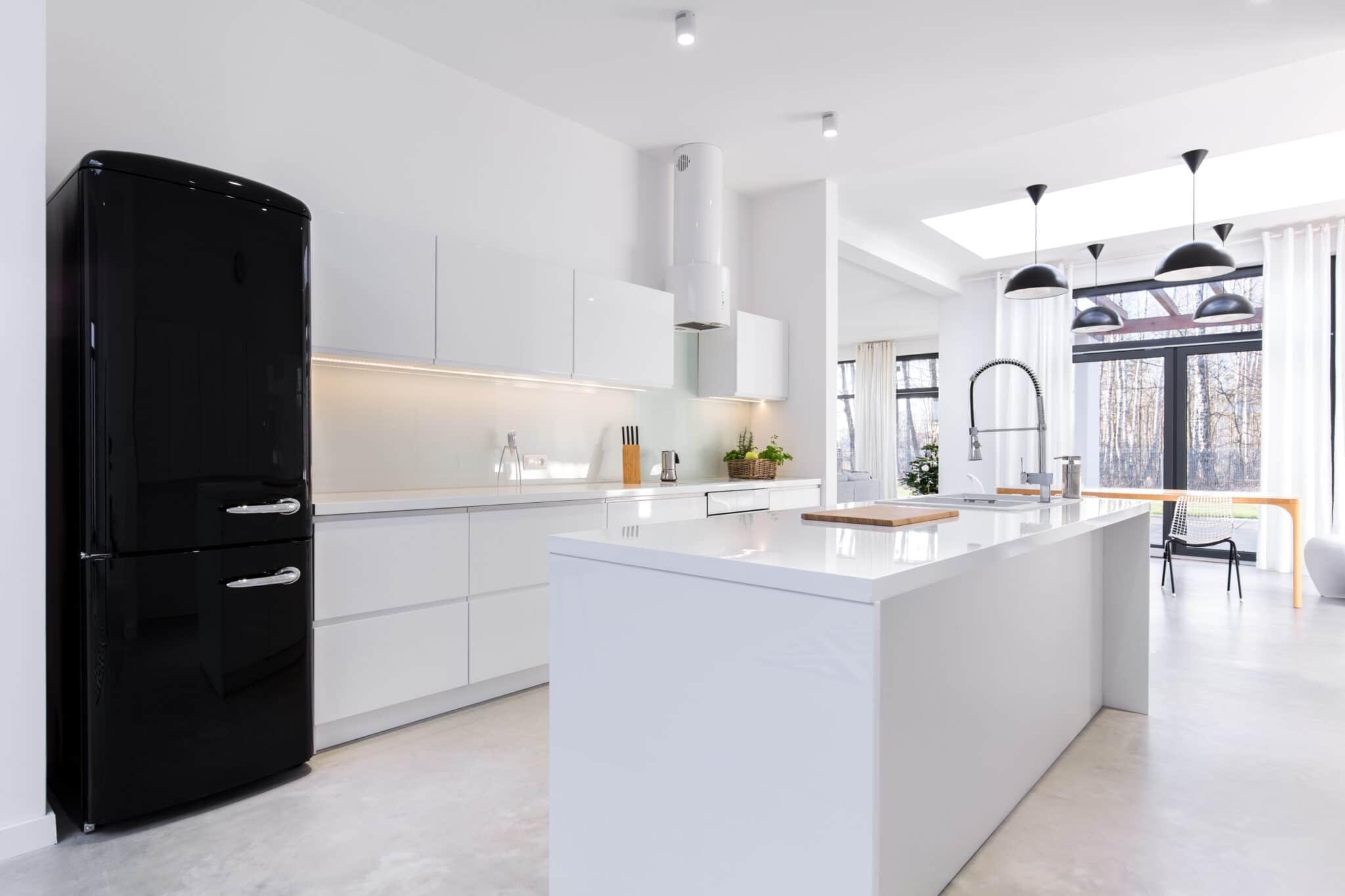 מטבחים מעץ מעצבי השיש במטבחים מהירים עם הרבה ידע בתחום השירות ואספקת מטבחים שיודעים לתת אחריות מלאה לעבודתם בד בבד אפיון דרישות הלקוח ומסירת המטבח