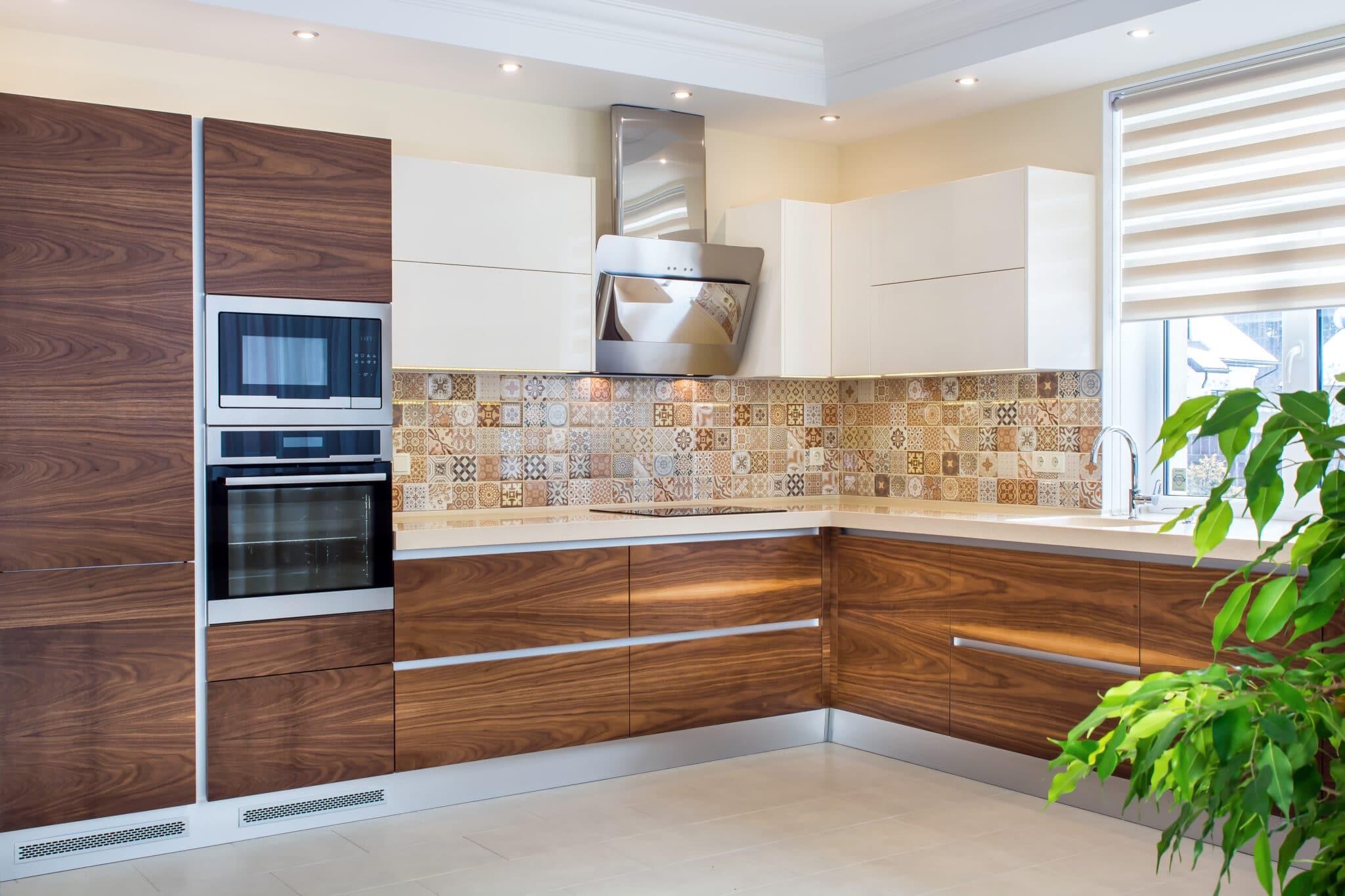 מטבחים מעץ רשת לעיצוב וייצור מטבחים קלאסיים מיומנים עם הרבה רצון לספק מטבחים איכותיים שיודעים לספק שירות אדיב ומקצועי, שמומחים לשירותי ייצור ועיצוב מטבחים תוך כדי תחזוקת מטבחים