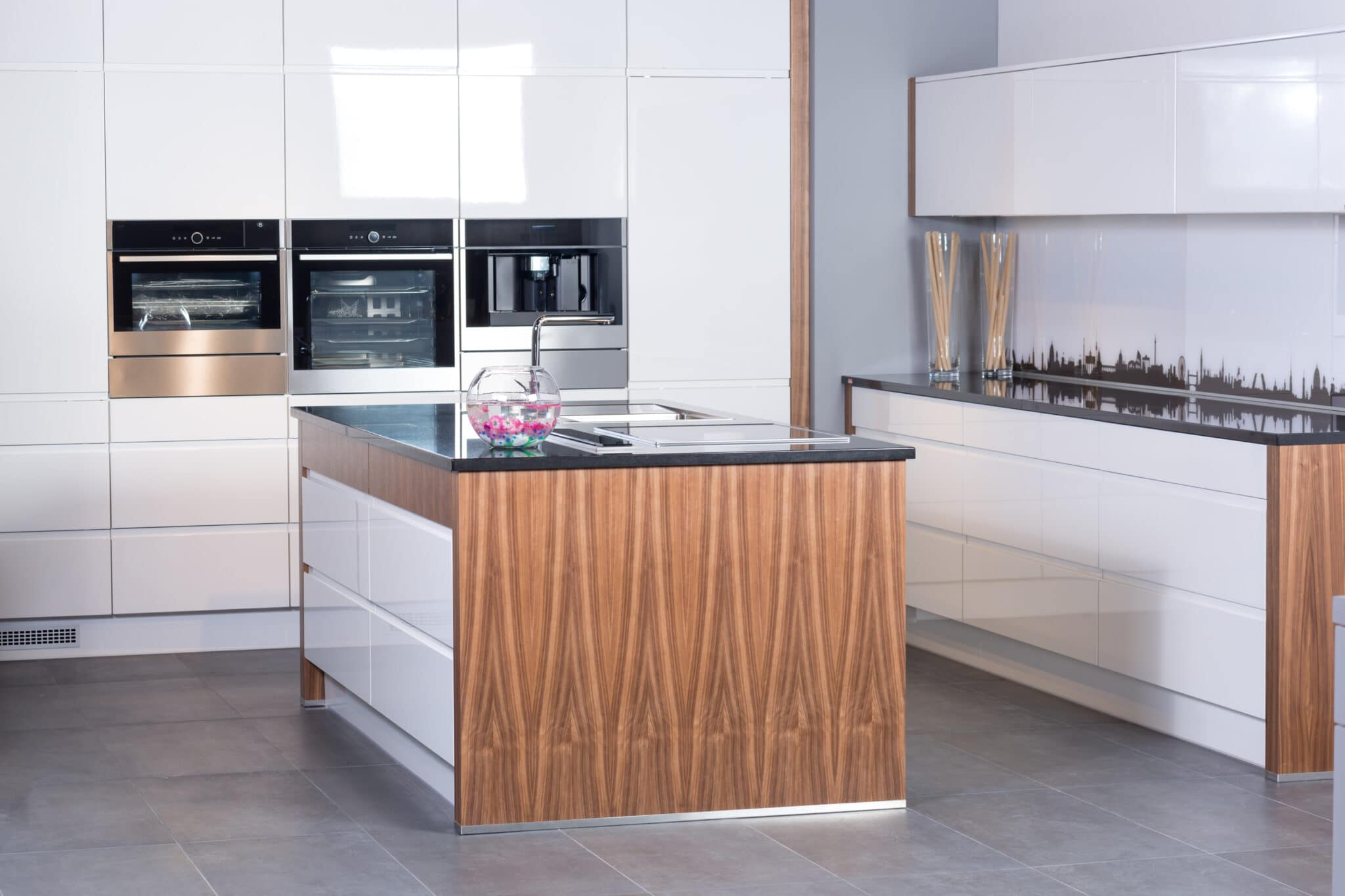 מטבחים מעץ תאורה למטבחים ממש מקצועיים עם מלא ידע בתחום שיודעים לספק פתרונות יעילים להתאמת תנורים גדולים לכל מטבח תוך כדי תחזוקת מטבחים