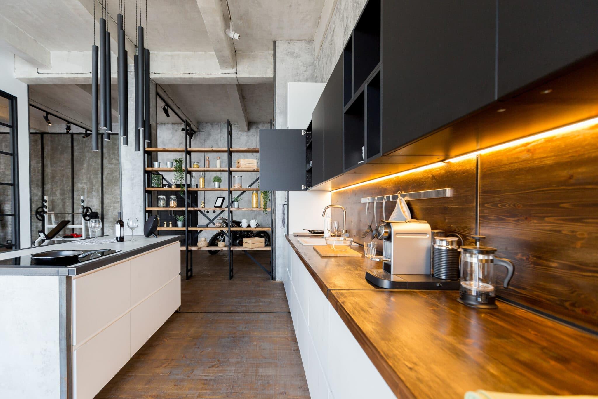 מטבחים מעץ מעצבי מטבחים קלאסיים בעלי הבחנה מקצועית עם אדיבות ושירות מהיר שיודעים לבנות ולהתאים מטבחים בד בבד אפיון דרישות הלקוח ומסירת המטבח