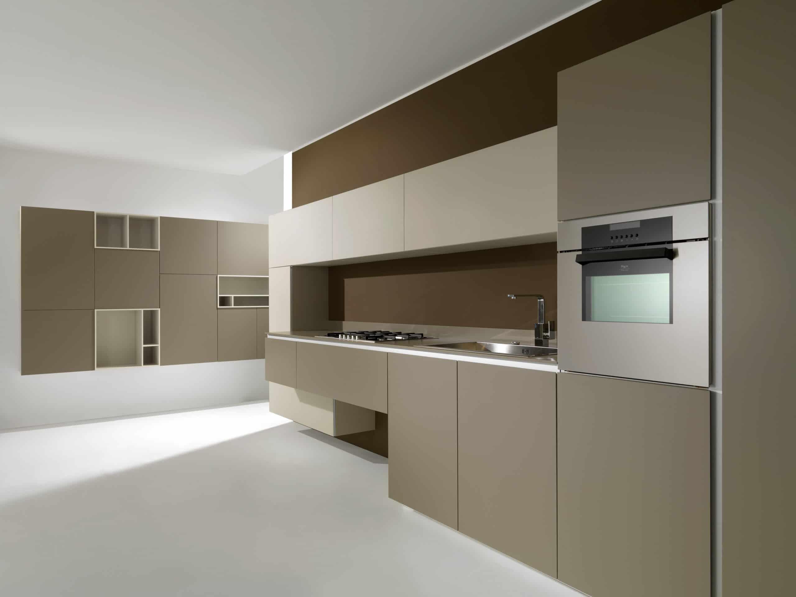 מטבחים מעץ החברות מיומנים באספקה ושירות עם הרבה וותק שיודעים לבנות ולהתאים מטבחים במקביל להפעלת המקרר והתנור ללקוח במטבח שלו