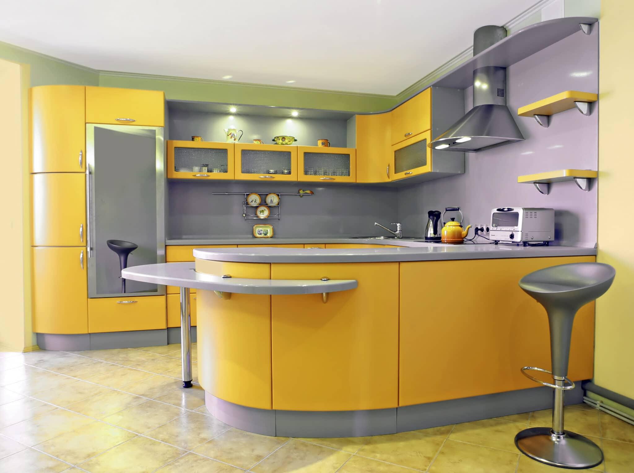 מטבחים מעץ החברות שמומחים בתחומם עם רישיון והסמכה שיודעים לספק פתרונות יעילים להתאמת תנורים גדולים לכל מטבח במקביל להפעלת המקרר והתנור ללקוח במטבח שלו