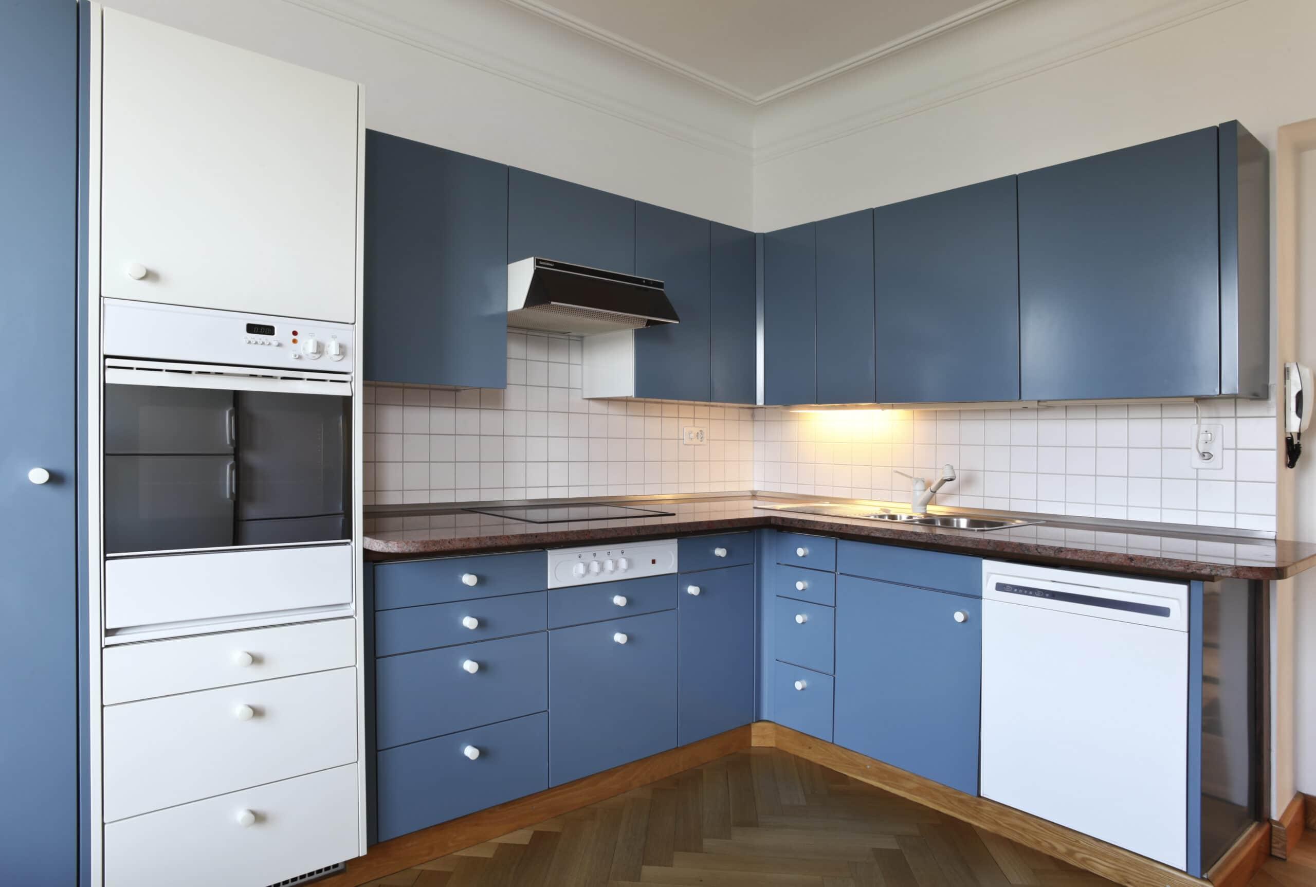 עיצוב מטבחים בהתאמהרשת לעיצוב מטבחים מנוסים עם ניסיון רב בשנים שיודעים לספק פתרונות מגוונים לכל בית תוך כדי תחזוקת מטבחים