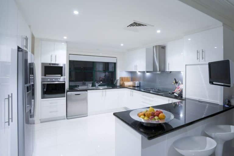 modern-kitchens-768x512