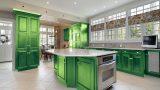 מטבח משודרג בצבע ירוק