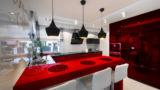מטבחים מודרניים בעיצוב עדכני במגוון צבעים